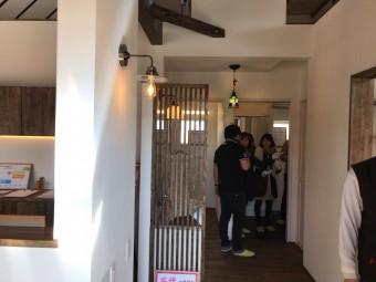 豊田市・岡崎市を中心に注文住宅、新築一戸建てを手掛ける共感住宅ray-out(レイアウト)が豊田市で開催した平屋の家の見学会の暖かさ