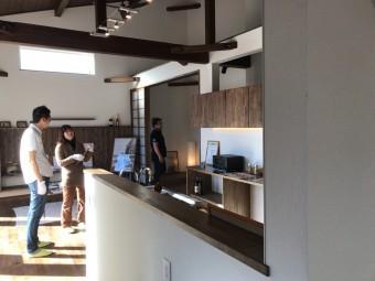 豊田市・岡崎市を中心に注文住宅、新築一戸建てを手掛ける共感住宅ray-out(レイアウト)が豊田市で開催した平屋の家の見学会の内観