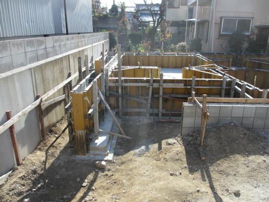 岡崎市で注文住宅を建てるS様邸の基礎工事
