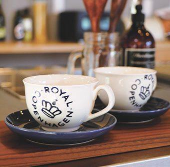 岡崎市・豊田市・幸田町を中心に注文住宅、新築一戸建てを手掛ける工務店の共感住宅レイアウトが使用しているロイヤルコペンハーゲンのコーヒーカップ