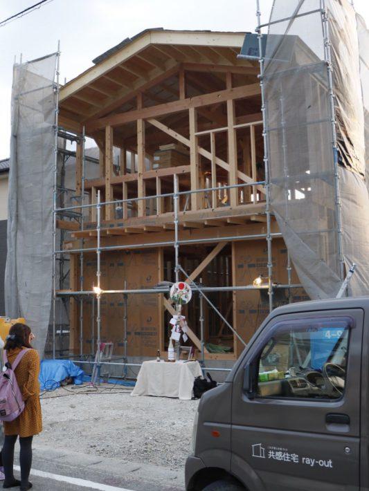 知立市上棟完了|岡崎市・豊田市を中心に注文住宅、新築一戸建てを手掛ける共感住宅ray-out(レイアウト)