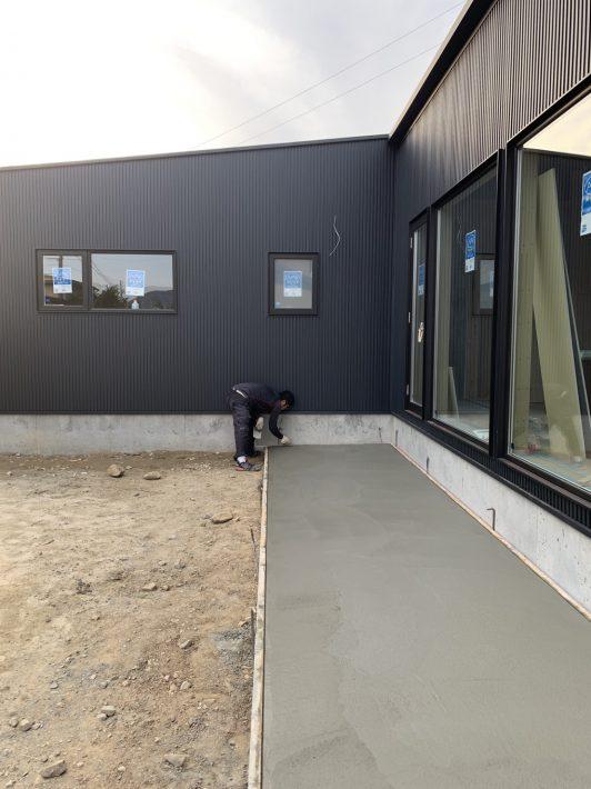 足場の解体と外構工事開始!| 岡崎市・豊田市を中心に注文住宅、新築一戸建てを手掛ける共感住宅ray-out(レイアウト)
