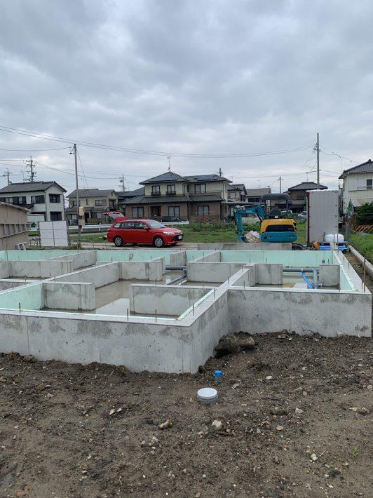 基礎の水出し|岡崎市・豊田市を中心に注文住宅、新築一戸建てを手掛ける共感住宅ray-out(レイアウト)
